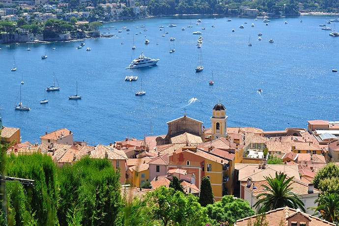 Yacht charter in France 1