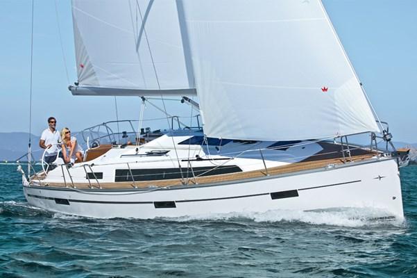 Bavaria Cruiser 37 2014