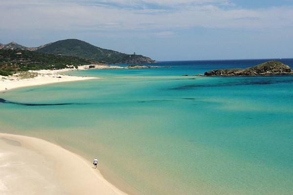 Yacht charter in Sardinia 1
