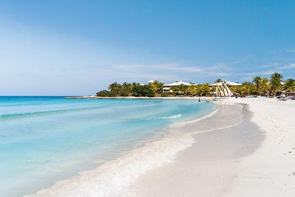 Yacht charter in Cuba 1