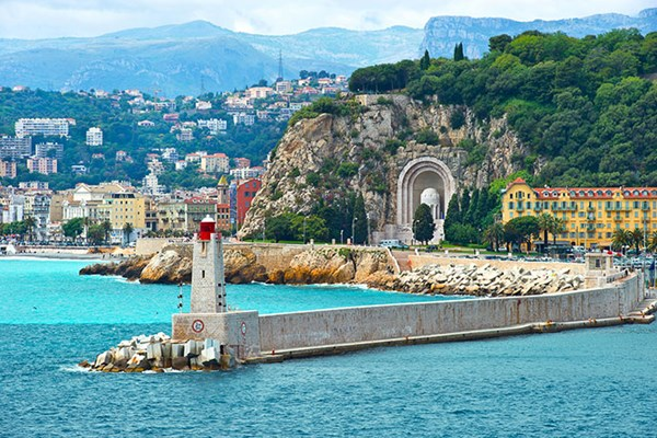 Yacht charter in the South of France 1