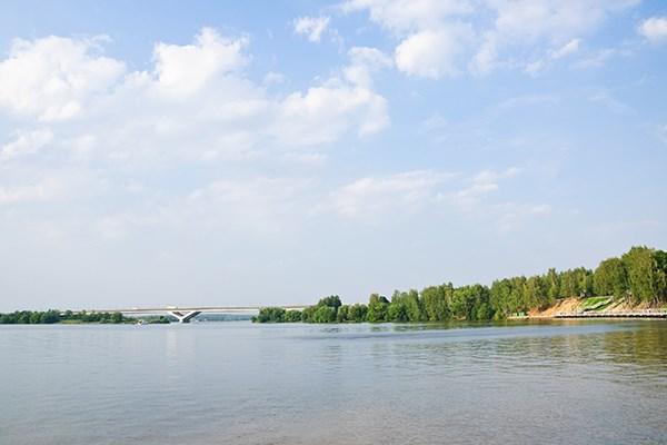 Yacht charter in Pirogovo 1