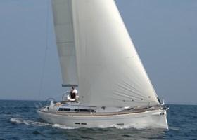 Sailing Boat - Dufour 450