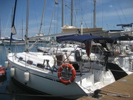 Sailing Boat - Bavaria 30 Cruiser