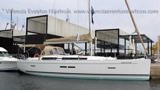 Sailing Boat - Dufour 405 grand large