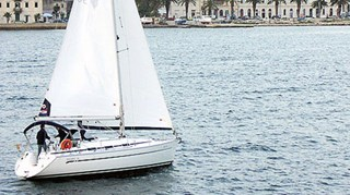Segelboot - Bavaria 36