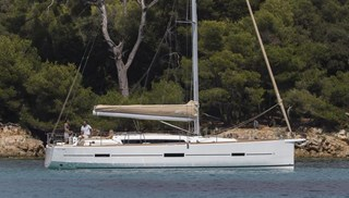 Sailing Boat - Dufour 460 Grand Large