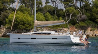 Sailing Boat - Dufour 512 Grand Large