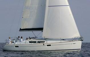 Sailing Boat - Sun Odyssey 39i