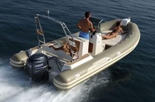 Motorboat-Capelli 626