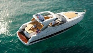 Barco a Motor-Sessa C42 Hard Top
