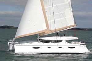 Catamarán-Salina 48
