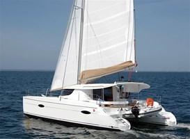 Catamarán-Lipari 41