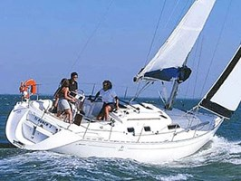 Sailing Boat - Dufour 36 Classic