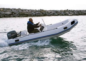 Motorboat-Zodiac Zoom 400