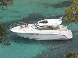 Motorboat - Jeanneau Prestige 38 S HT