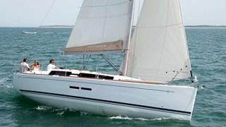 Sailing Boat - Dufour 375 2011-13