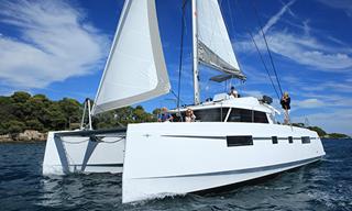 Catamarán - Nautitech Fly 46