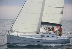Sailing Boat-Oceanis 323 Clipper