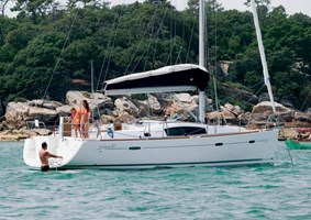 Sailing Boat - Oceanis 40