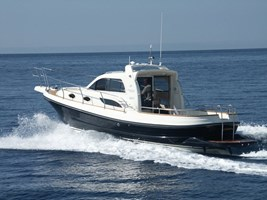 Barco a Motor-Rab 720