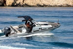 Barco a Motor-Agapi 750