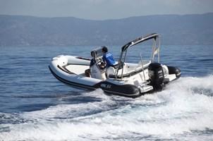 Motorboat-BSC 62 SPORT