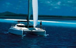 Catamarán - Athena 38 (cat) 2002-05