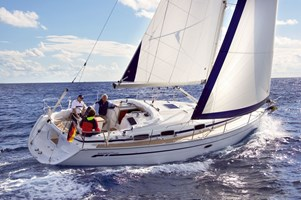 Sailing Boat - Bavaria 37 Cruiser 2007