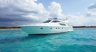 Motorboat-Ferretti 53