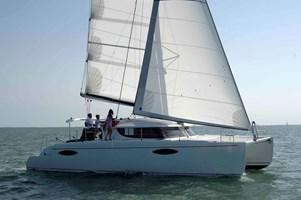 Catamarán-Orana 44
