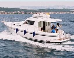 Barco a Motor - Adria 1002