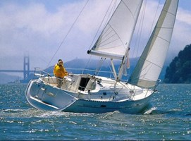 Sailing Boat - Oceanis 331 Clipper