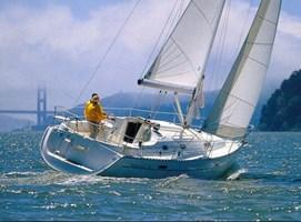 Velero - Oceanis 331 Clipper