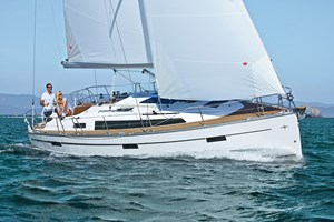 Velero - Bavaria 37 Cruiser New