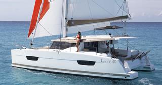 Catamarán-Fountaine Pajot 40