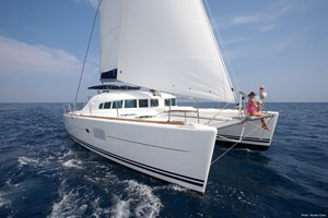 Catamarán-Lagoon 410 S2