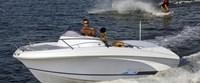 - Beneteau Flyer 650 Sun Deck