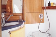 Interior of a yacht charter in Pirogovo 4