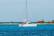 Exterior de barco de alquiler en Maldivas 1
