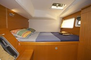 Interior Yachtcharter in Bormes les Mimosas 3