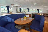 Interior Yachtcharter in Bormes les Mimosas 1
