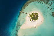 Yacht charter in The Maldives 4