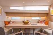 Interior Yachtcharter in Split 1