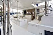 Interior de barco de alquiler en Murter 2