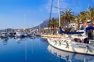 Yacht charter in Alicante 2