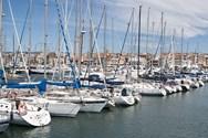 Yacht charter in Tarragona 4
