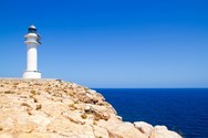 Yacht charter in Formentera 4