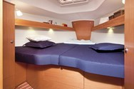 Interior Yachtcharter in Korfu 4