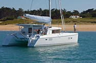 Exterior of a yacht charter Vigo 2